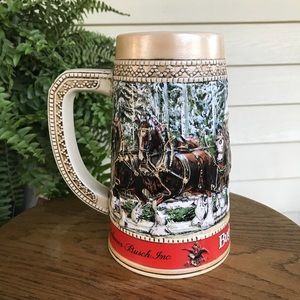 1987 Budweiser Christmas Beer Stein Clydesdales